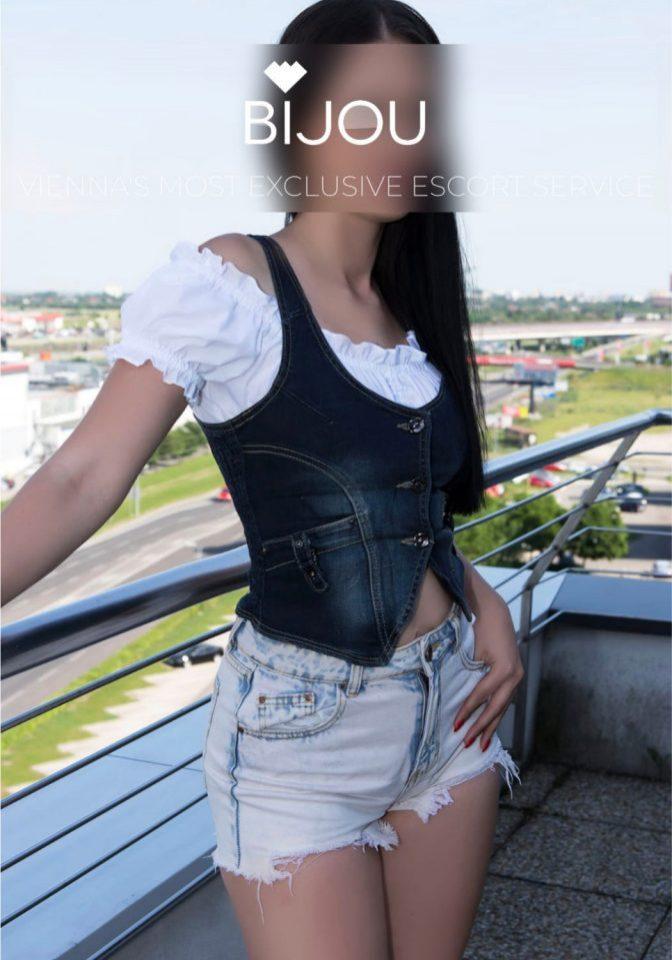 one of the ladies at Bijou VIP Escort Vienna agency
