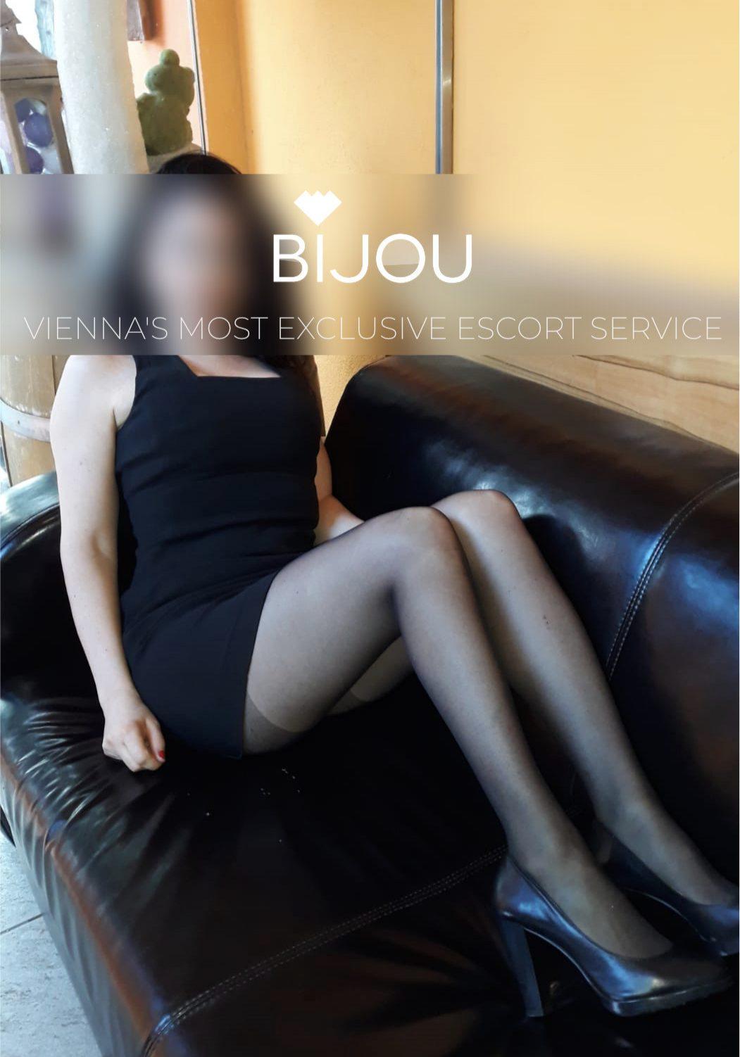 Bijou 2
