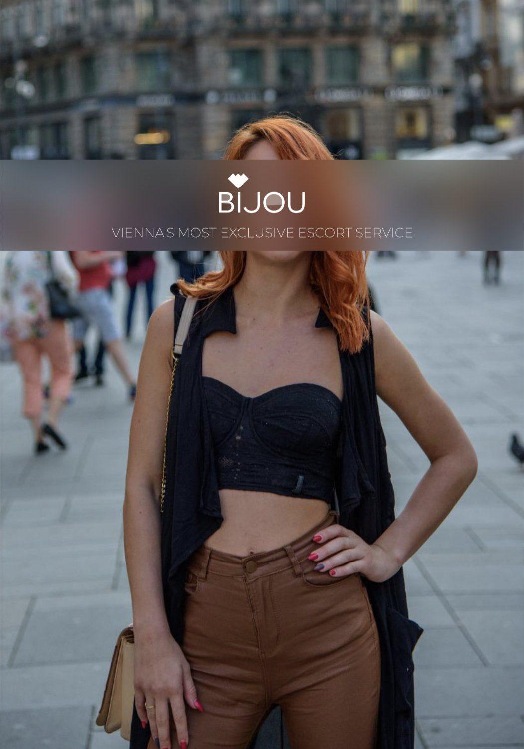 Bijou 3 daisy