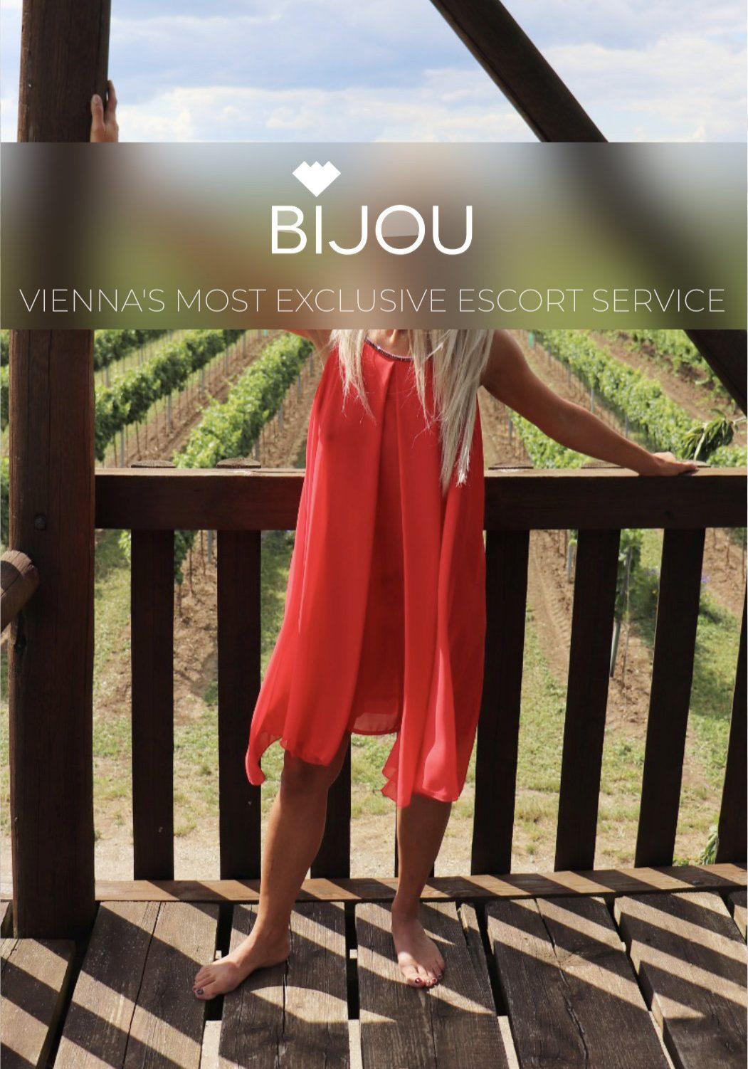 Bijou 44 x