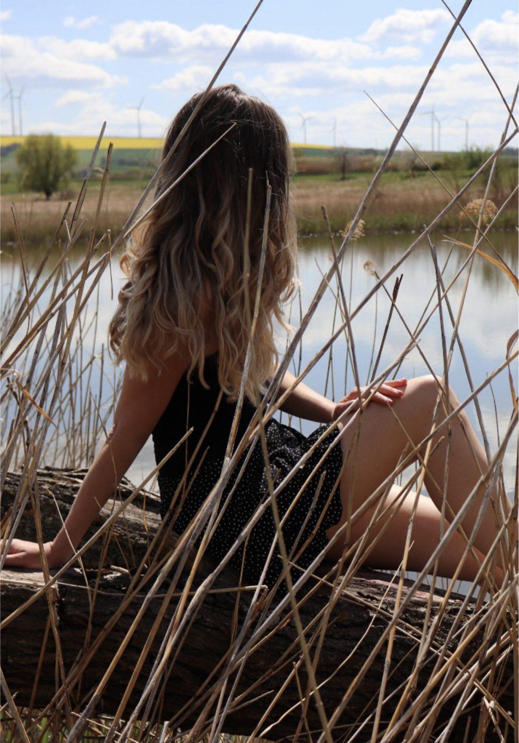 Nina at a small lake near Vienna